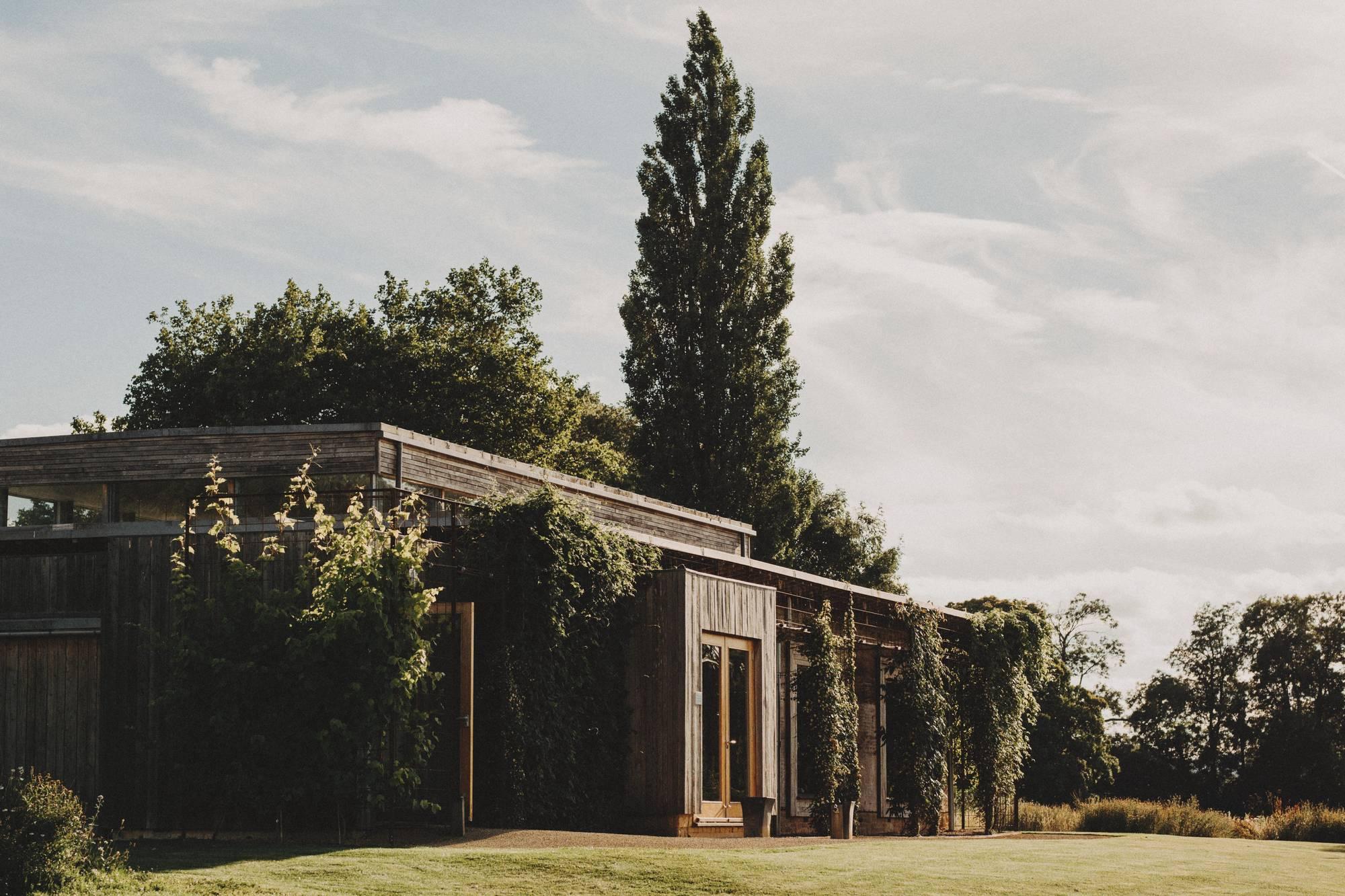 elmore court barn